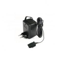 Scalextric P9401 Transformateur EU 15V - 1.2 Amp (embout carré)